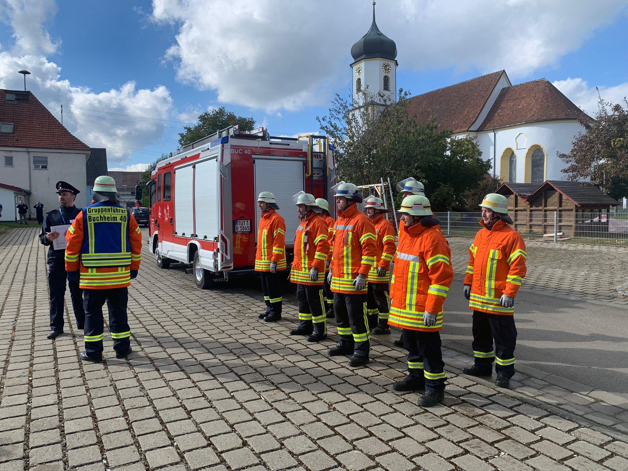 Feuerwehrleute zeigen Höchstleistung – Leistungsabzeichen bestanden!